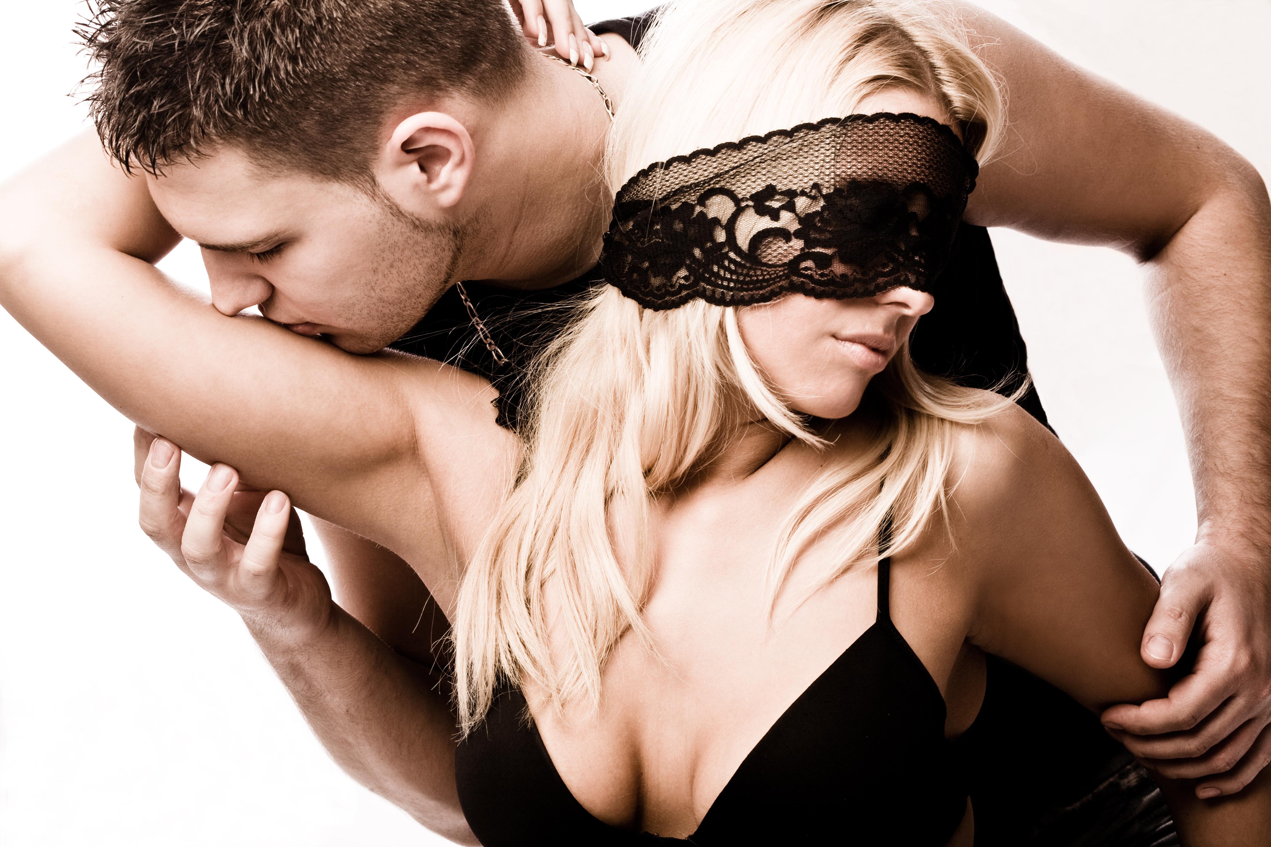 Чем вызвать у мужчины сексуальное желание 26 фотография